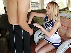 Petite cheerleader gets fucked in uniform
