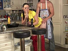 Nice tiited housewife gets nailed in the kitchen