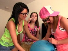 Zarena Summers, Maria Rica, Nikki Nirvana, Katie King eat each other's pussies on the party